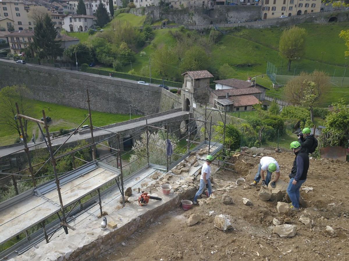 Perico-Renato-Bergamo, Città Alta - Mura venete - Restauro 10