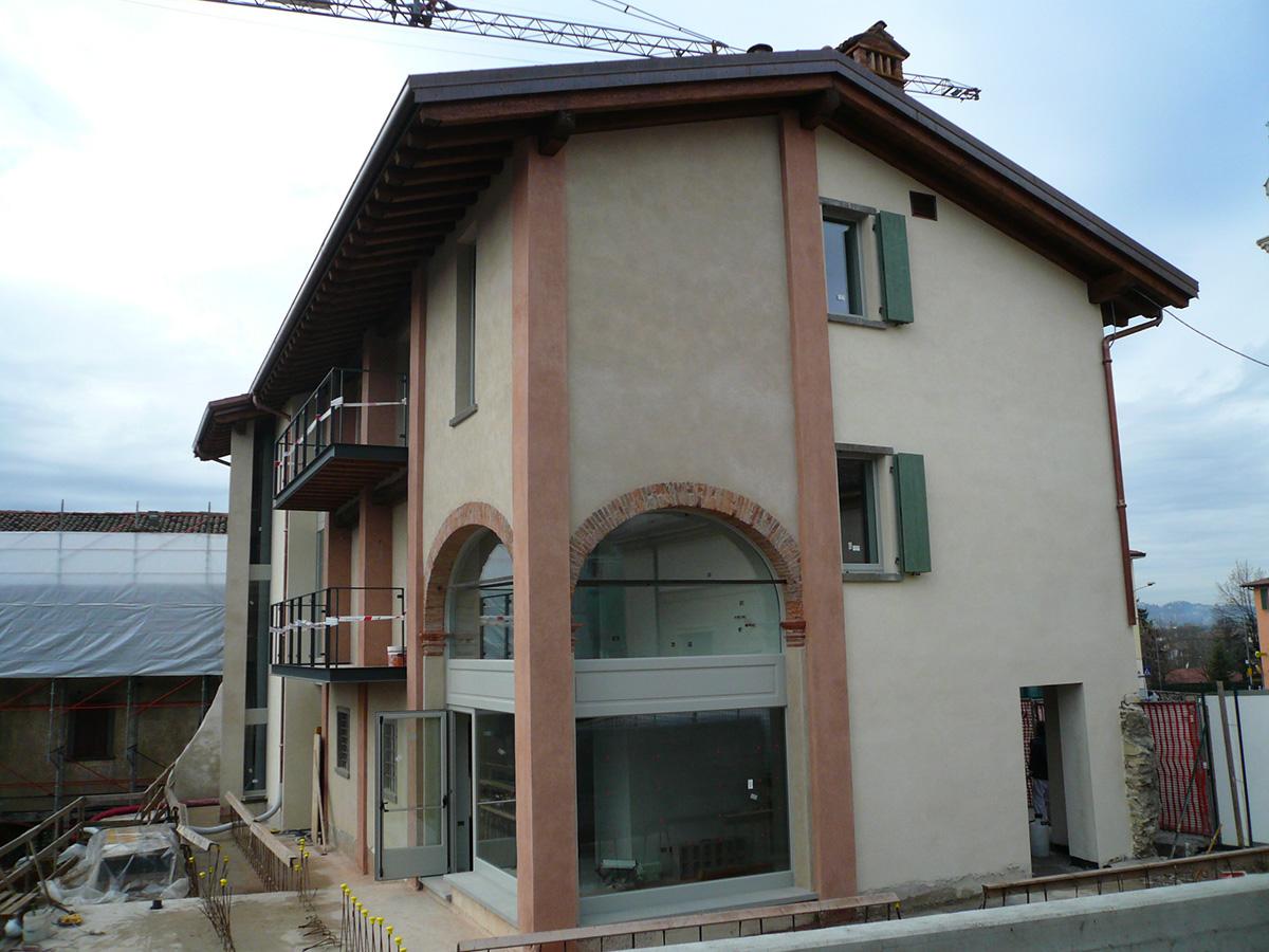 Perico-Renato-Torre de Roveri (BG) - Borgo Villa Astori - Restauro 1